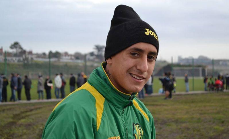 """Santiago Rosales: """"Es algo lindo que un club grande se fije en mi"""""""