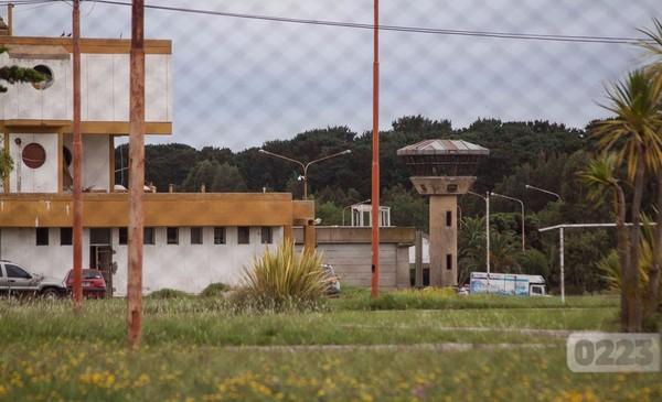 Barrotes limados y una cuerda de tela: se escapó un preso de la UP 44 de Batán - 0223 Diario digital de Mar del Plata