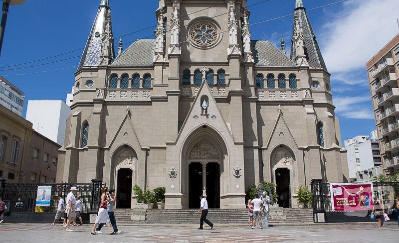 Por Dios Tienen Que Cerrar La Catedral De Mar Del Plata